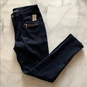 Dynamite Skinny Jean with Gold Accent | Navy